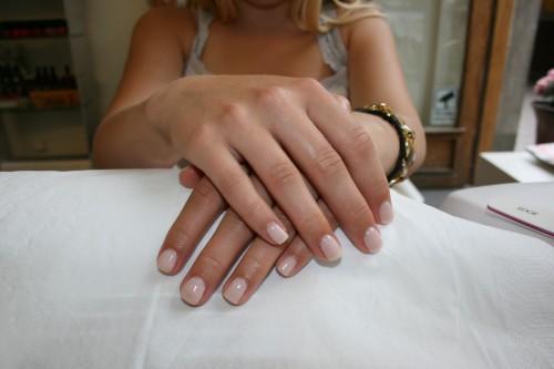 få längre naglar