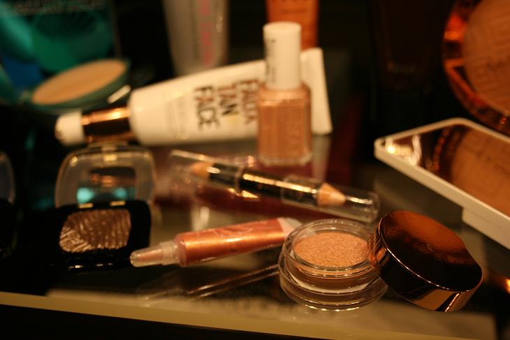 Clarins cream eyeshadow Ombre Iridescente 01