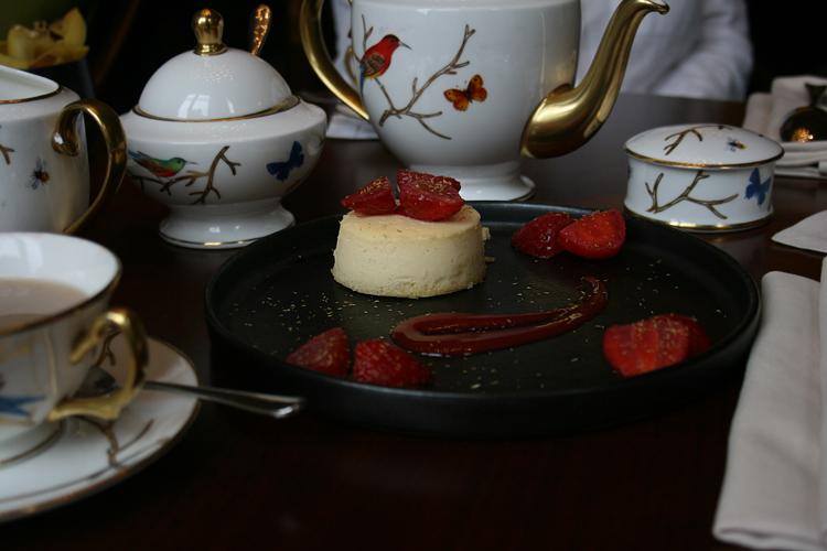 mandarin oriental knightsbridge tea time rainy days