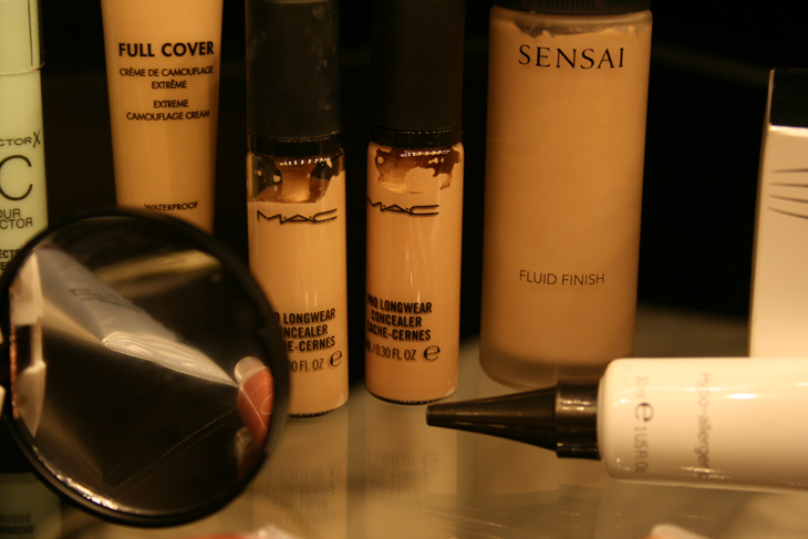 foundation guide best base products mac longlasting prowear concealer highlighter sensai fluid finish duwop
