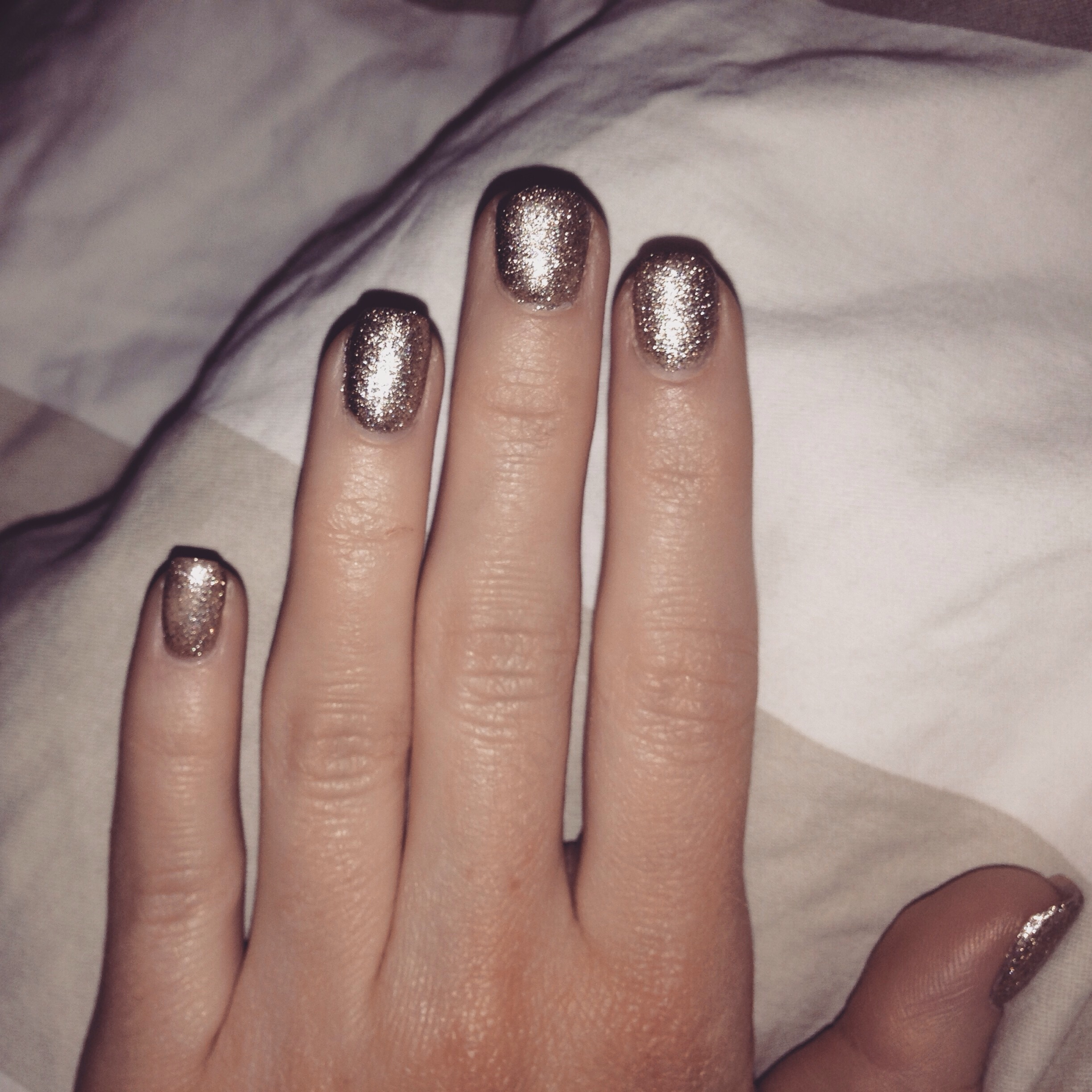 Bronze beige nude nails inspiration bronzing