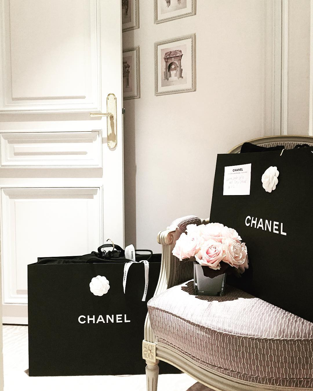 chanel boy bag pink roses dreaming