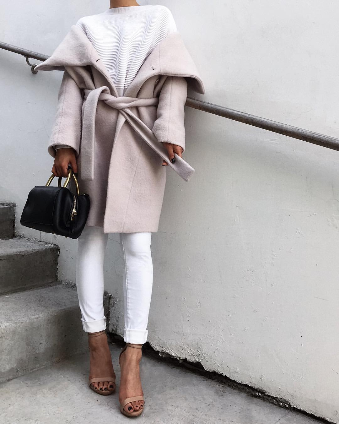 white trenchcoat outfit inspo