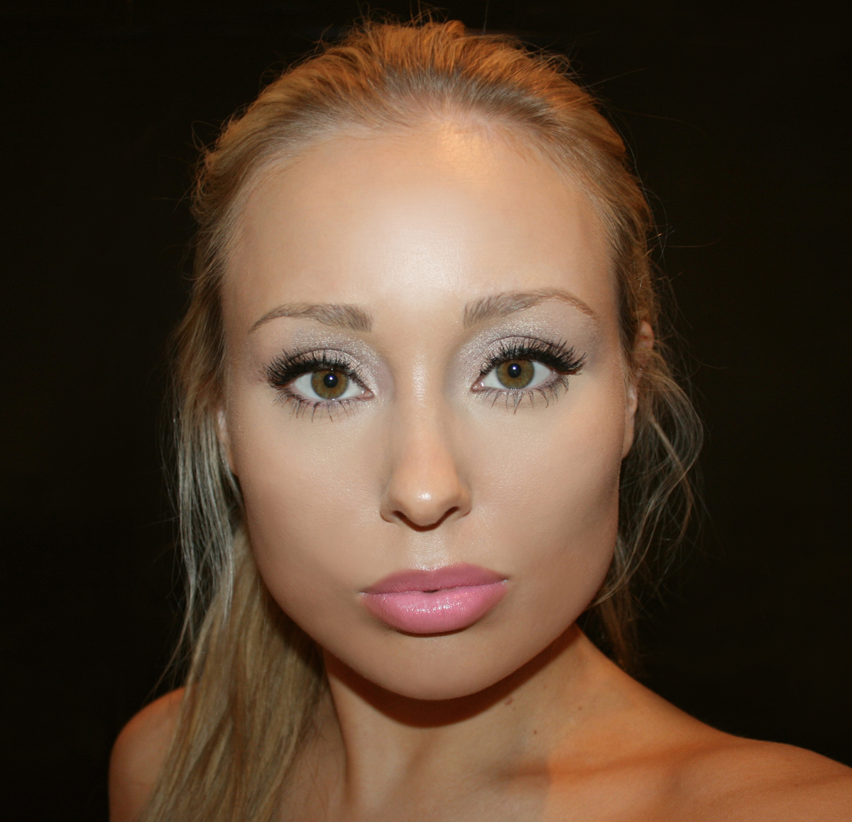 best pink lipsticks smashbox be legendary lipstick in pout