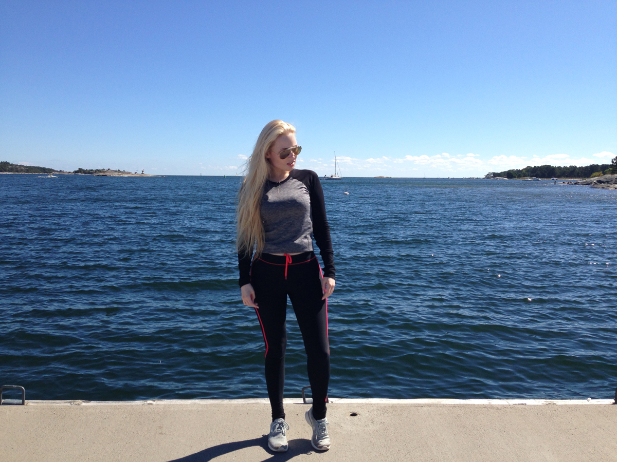 summer inspo chic work out clothes sandhamn