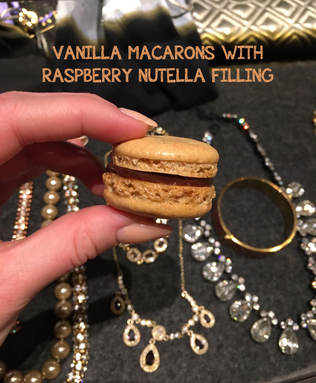 vanilla-macarons-nutella-raspberry-filling