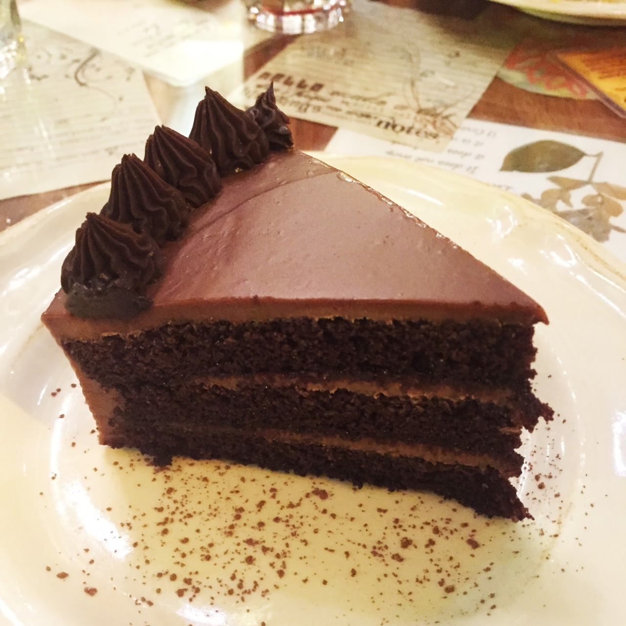 chocolate cake recipe tripe layer