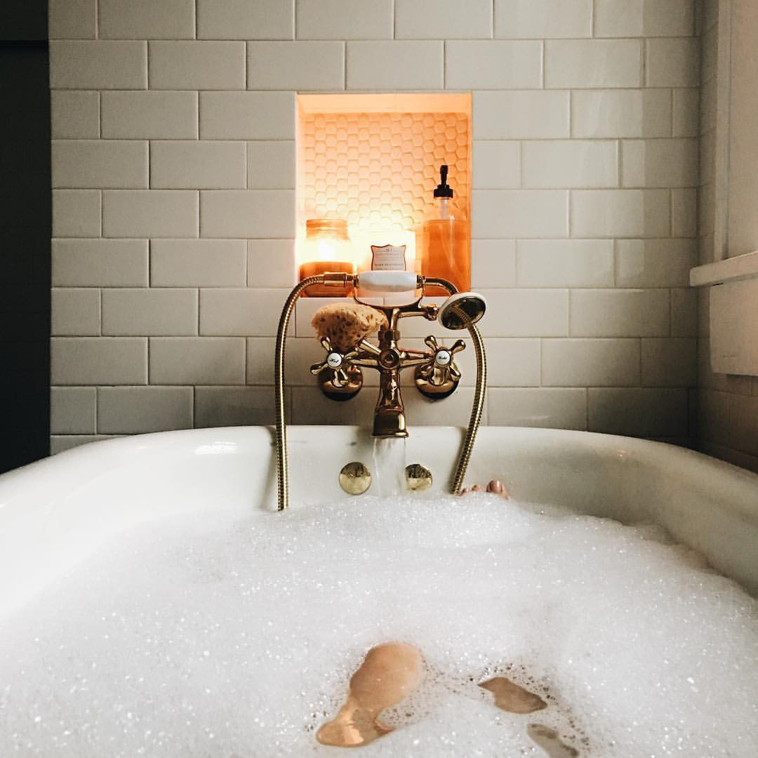 autumn inspo bubblebath